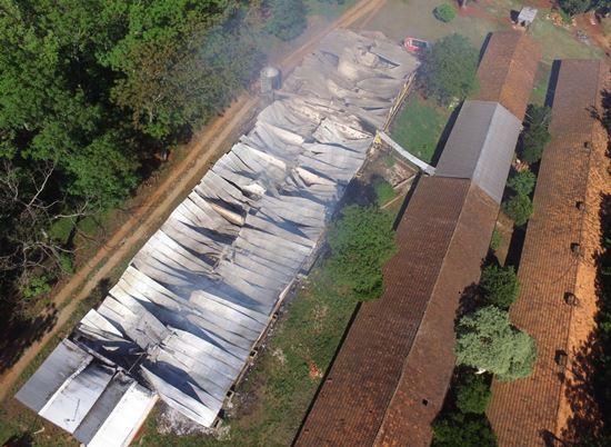 Chiqueiro pega fogo e 1,4 mil porcos morrem no RS
