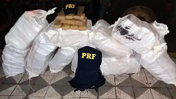 PRF apreende cerca de 500 quilos de maconha na BR-282 em Joaçaba