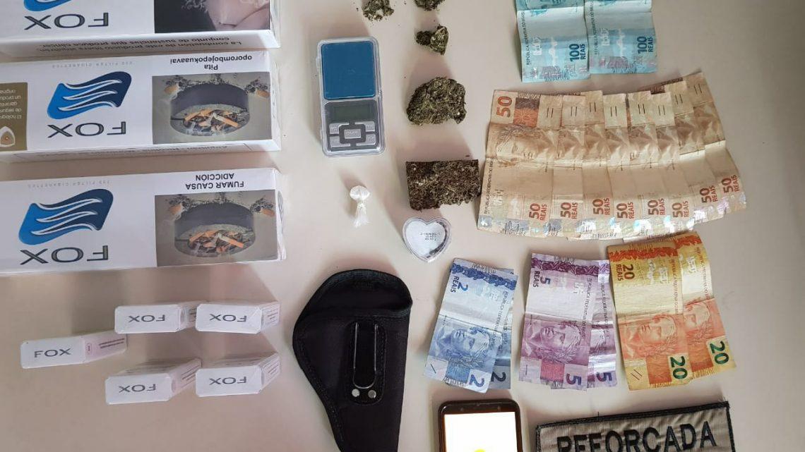 Homem de 18 anos é preso por tráfico de drogas no centro de Chapecó