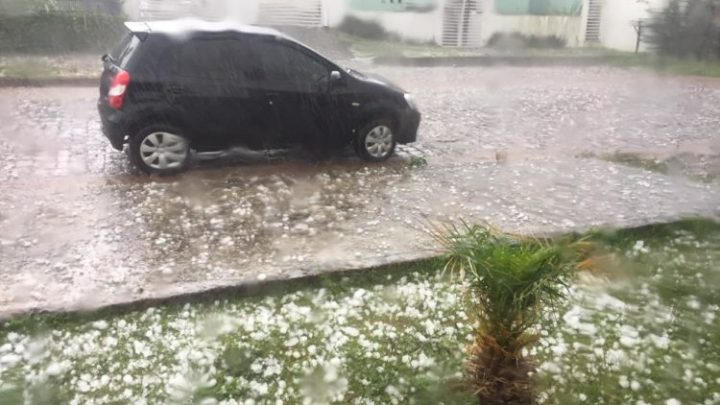 Temporal com granizo danifica telhados em Lagoa Vermelha no RS – Veja os vídeos impressionantes