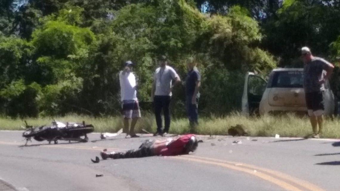 Motociclista fica gravemente ferido em colisão com carro na SC-283