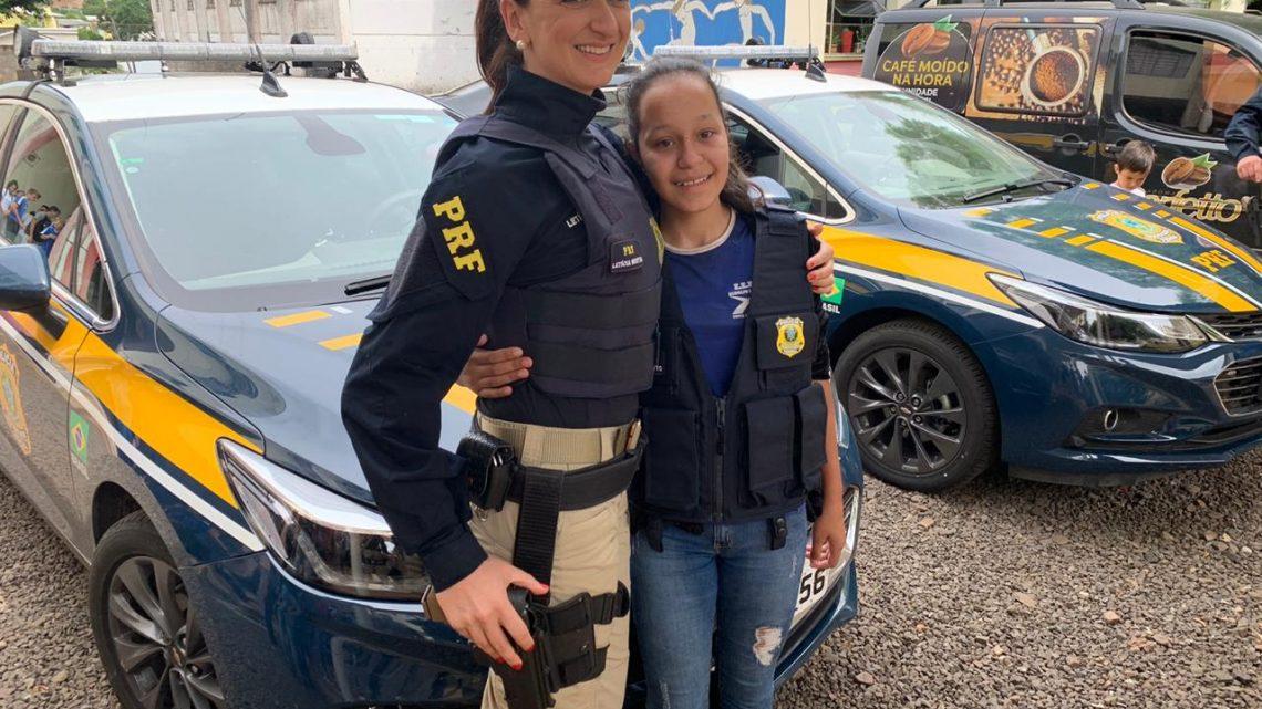PRF faz homenagem a adolescente de Nova Erechim que sonha ser policial