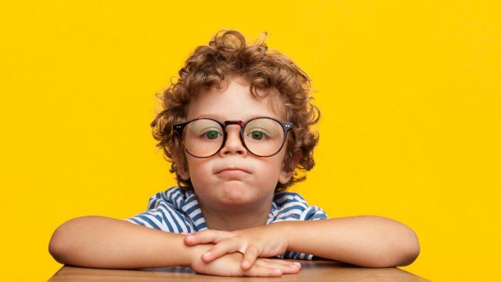 Miopia infantil: oftalmologistas alertam para crescimento de problemas de visão em jovens e crianças