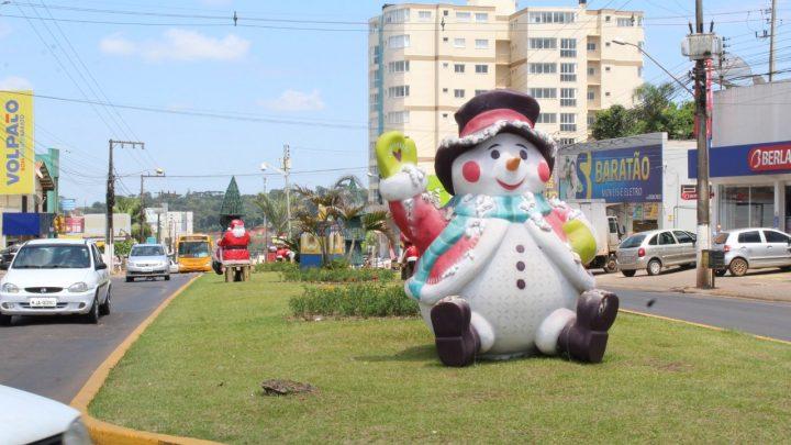 Bairro Efapi ganha decoração natalina