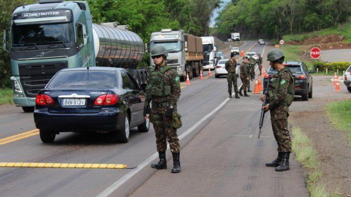 Exército reforça a segurança nas festas de final de ano na Fronteira de SC