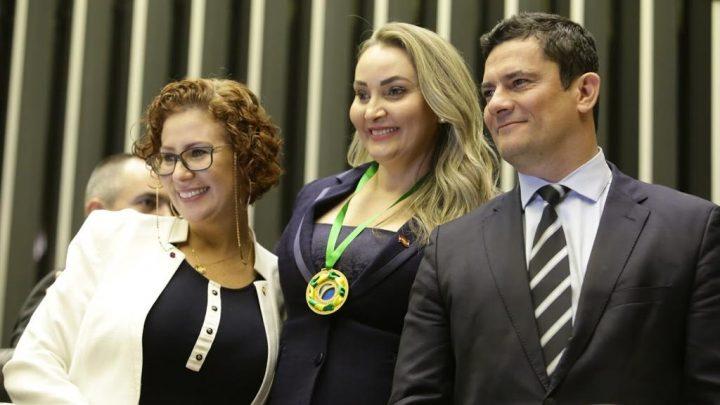 Vice-Governadora é homenageada em Brasília com a Medalha Patriótica – Sociedade Civil 2019