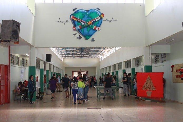Ministro da Educação confirma as quatro escolas cívico-militares de SC