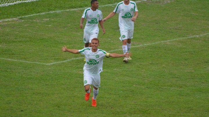 Chapecoense goleia o Usac e se classifica para a segunda fase da Copa São Paulo de Futebol Júnior