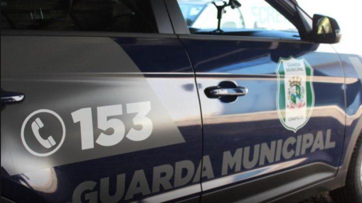 Guarda Municipal prende homem que estava de posse de veículo com registro de furto/roubo