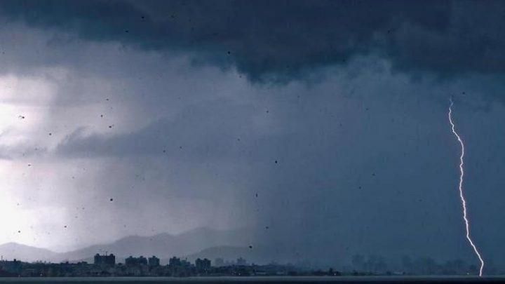 Defesa Civil alerta para temporais no Oeste nesta terça-feira