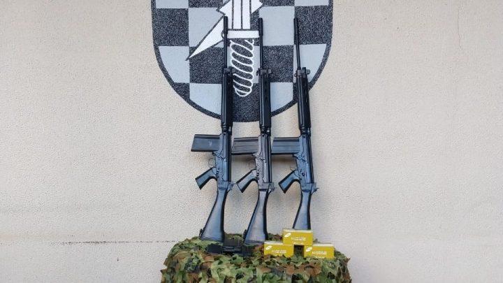 PPT do 2ºBPM/Fron recebe Fuzis 7,62mm e nova viatura em Chapecó