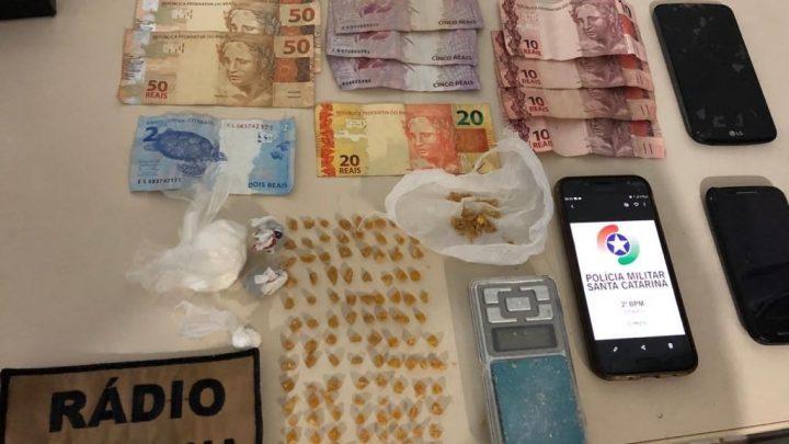 Maconha, cocaína e crack são apreendidas no bairro São Pedro