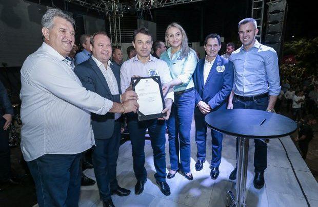 No aniversário de Xaxim, governador garante R$ 8,4 milhões em investimentos para o município