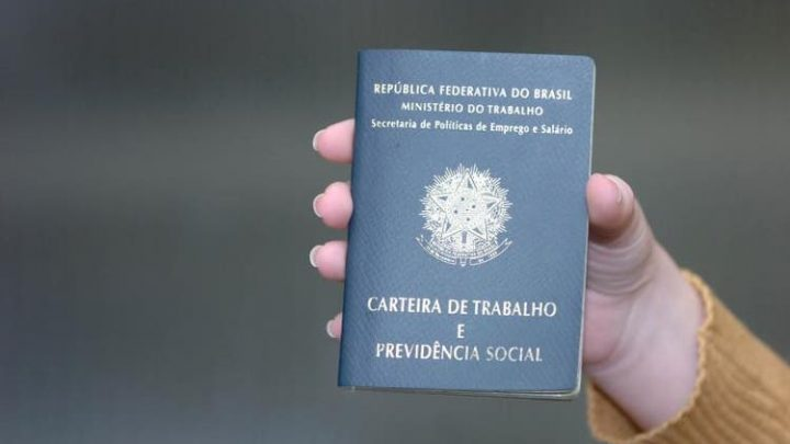 SC segue com a menor taxa de desemprego do país