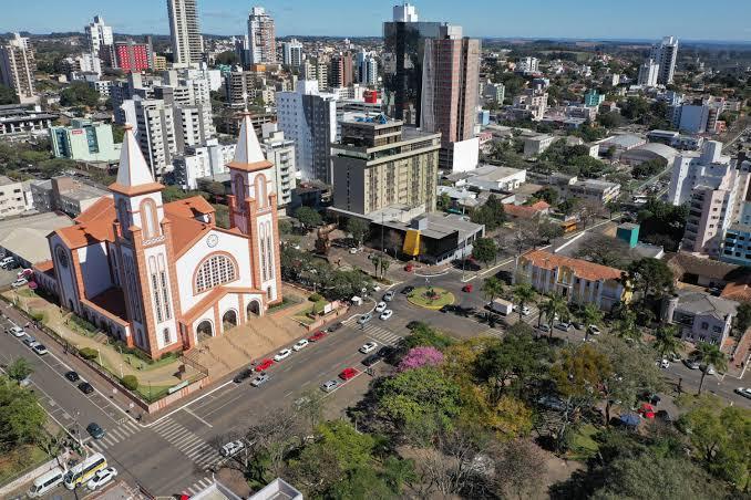 Juiz nega pedido de entidades que pediam o fechamento do comércio em Chapecó