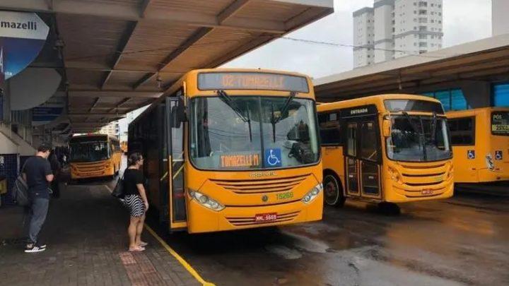 SC permitirá que municípios decidam sobre flexibilizar quarentena para transporte público, aulas e eventos