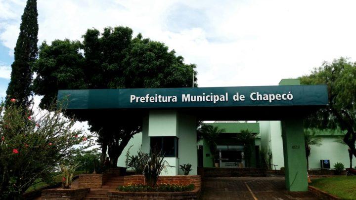 Bloqueados mais de R$ 877 mil de secretário e ex-servidores municipais de Chapecó