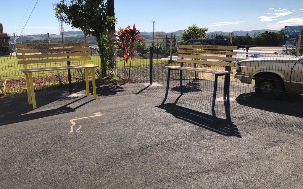 Parque adaptado para pessoas com deficiência é instalado no Verdão em Chapecó