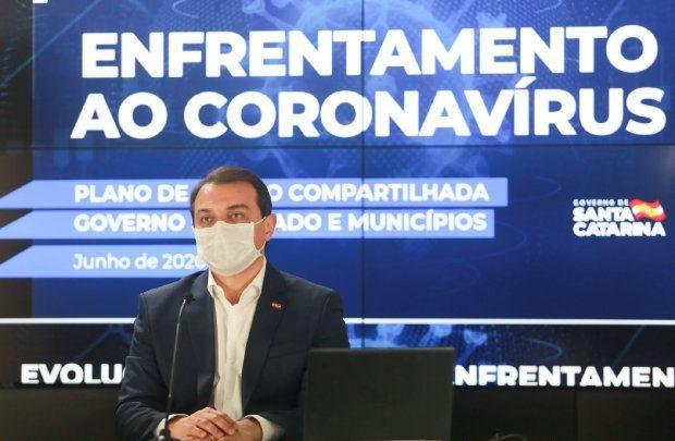 Governador Carlos Moisés testa positivo para novo coronavírus