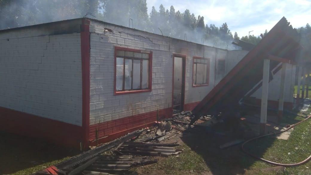 Duas casas são destruídas pelo fogo no interior de Guatambu