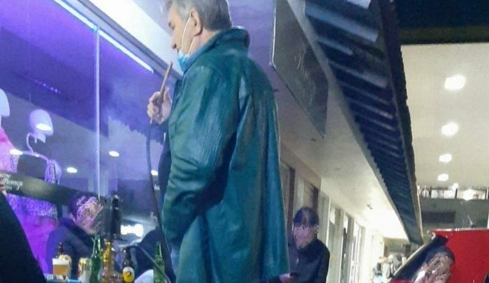 Em meio a pandemia, Prefeito de Xaxim é novamente fotografado fumando narguilé