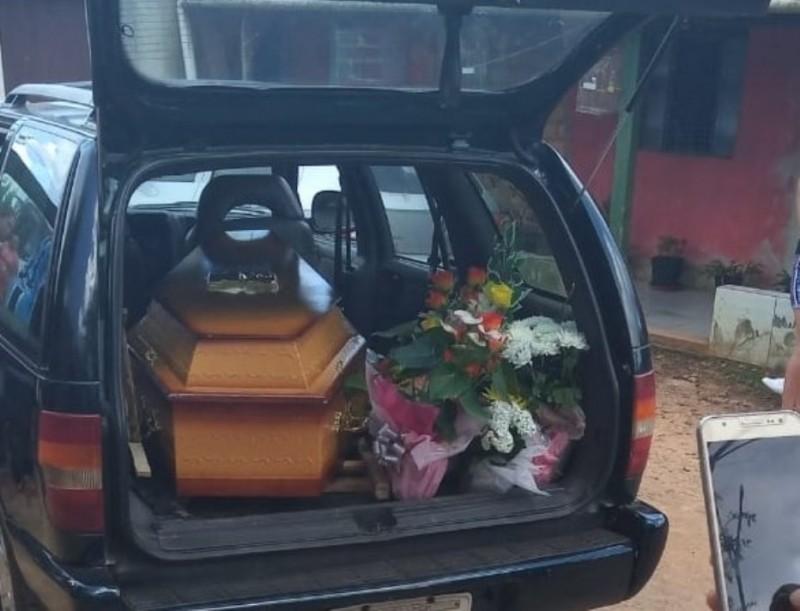 Durante enterro família descobre que corpo de bebê foi trocado