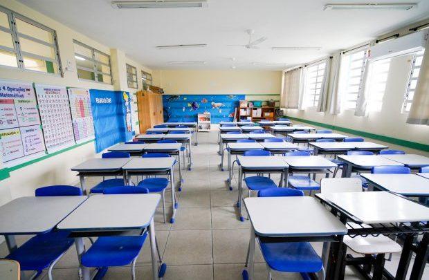 Educação divulga calendário da rede estadual para o ano letivo de 2021 em SC