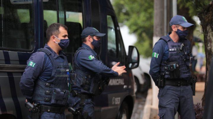 Dez estabelecimentos foram autuados ontem pela Guarda Municipal de Chapecó