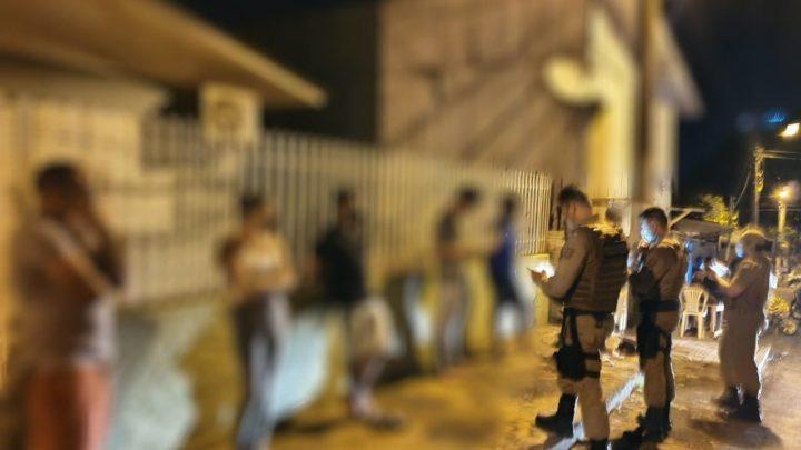 Chá de Bebê: Polícia encerra festa com mais de 20 pessoas em Chapecó