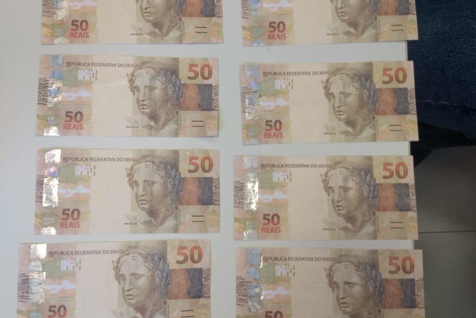 Polícia Federal prende homem de 18 anos após ele receber R$ 700,00 em notas falsas pelos correios em Chapecó