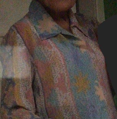 Idosa de 89 anos é encontrada morta com tesoura cravada no pescoço