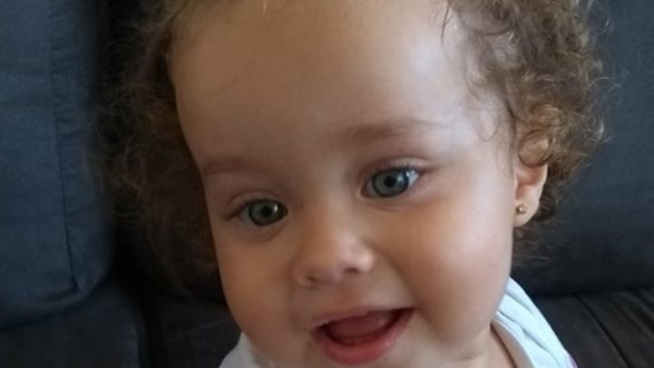 Bebê morta em ataque a creche em Saudades era conhecida na escola pelo carisma, diz tia