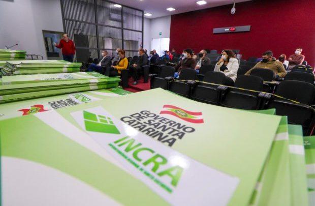 Secretaria da Agricultura inicia processo para regularização fundiária de propriedades em 12 municípios