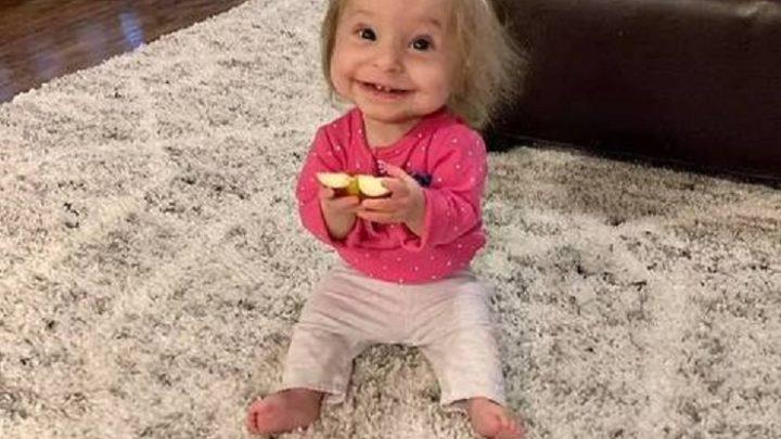 Com tipo raro de nanismo, criança crescerá apenas 60 centímetros