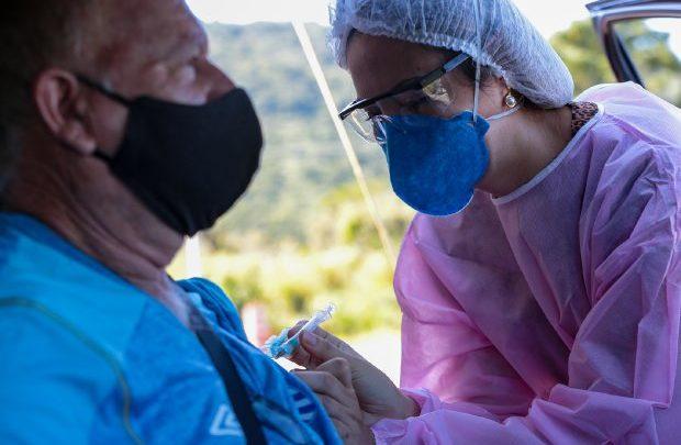 Estado de SC supera a marca de 3 milhões de doses aplicadas de vacina contra a Covid-19