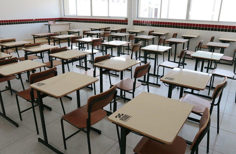 Governo de SC proíbe linguagem neutra em escolas públicas e privadas