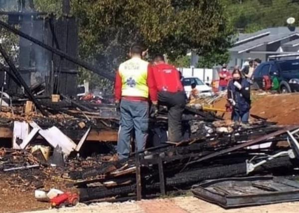 Homem confessa que matou família e após ateou fogo na casa no oeste SC
