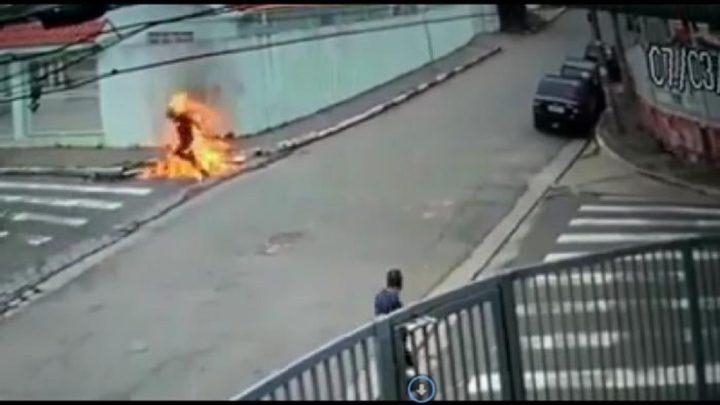 Homem ateia fogo no próprio corpo em Indaial