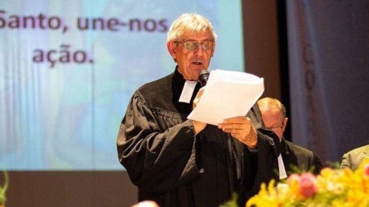 Quem é o pastor de SC que assina superpedido de impeachment de Bolsonaro