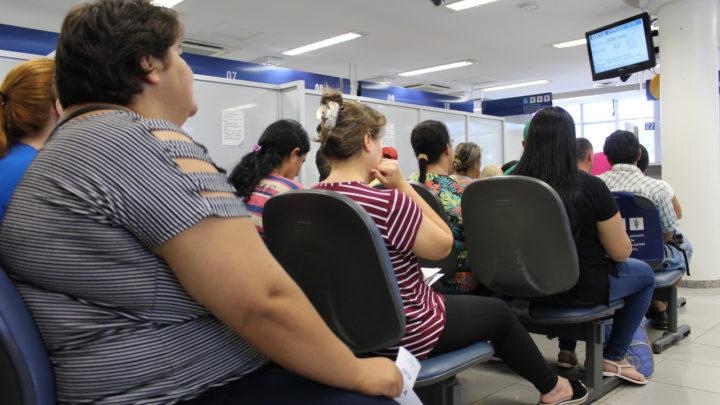 Cliente que passou mais de 30 minutos na fila de espera receberá R$ 50 mil de banco em SC