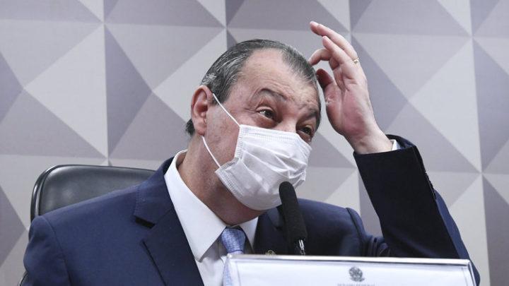 Opinião: senadores desrespeitam Luciano Hang