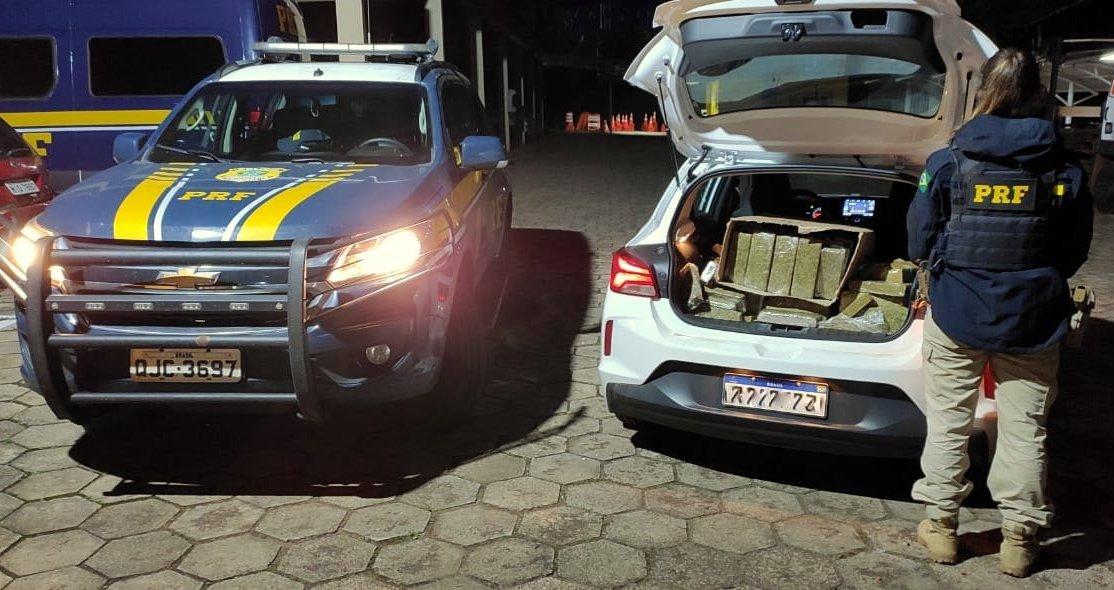 PRF flagra mais de 160 kg de maconha em porta-malas de automóvel na BR 480 em Chapecó