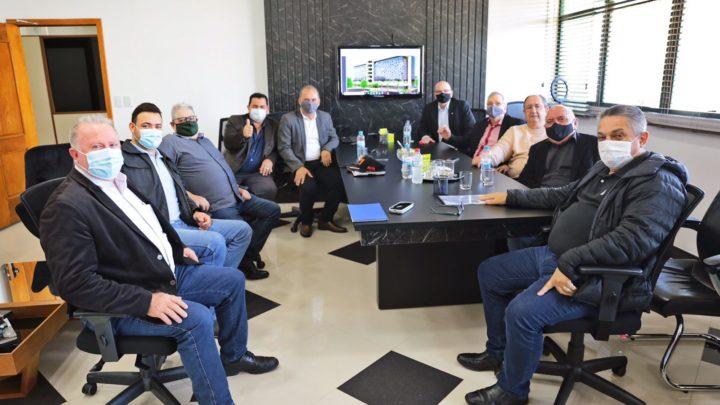 Empresários de Curitiba anunciam investimentos de R$ 130 milhões em Chapecó