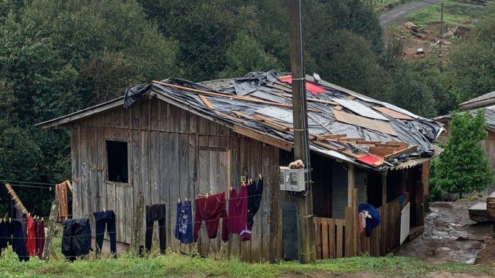 Vídeos e fotos: São Cristóvão do Sul irá decretar situação de emergência após chuva de granizo